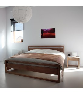 Light 原木床架