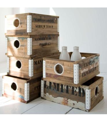 Ferum 金屬鉚邊木箱