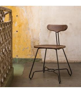 Briggs 煙燻橡木設計座椅