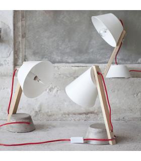 Cathérine Lovatt水泥底座桌燈
