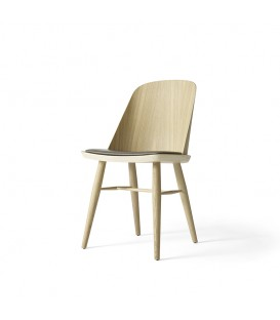 Synnes 橡木皮革單椅