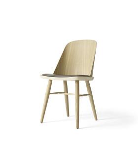 Synnes 皮革餐椅